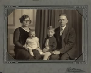Henry and Cora Mellem Family