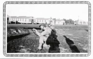 Guido taking aim 1944.jpg