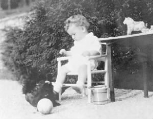 lindbergh_baby_photo_1932.jpg