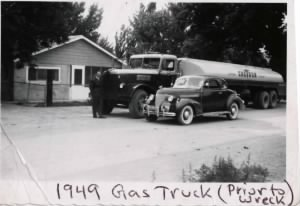 FH-NVD-020c Gasoline Tanker Truck that Norman Van Duncan Totally Wrecked Prior to His Traffic Accident 1949.jpg