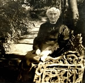 1902 approx FH-HJW Ann Harriet Franklin Age 83, Mother of Henry Joseph Walk.jpg
