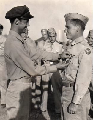 Roland L Greene receiving Air Medal from Col. Frank Kurtz, Italy, 1944 - Fold3.com