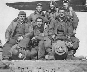 310thBG, 379thBS, Lt Wm Poole with his CREW /B-25's MTO