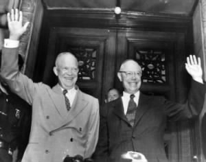 Dwight Eisenhower and Robert Taft.JPG