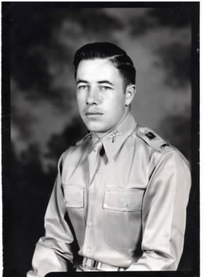 Bereuter, Robert 2nd Lt. US Army2 1941.JPG