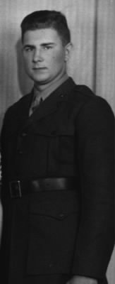 Rolland Ditzell in uniform Mar 1944.jpg