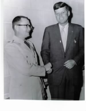 Carter paul with President Kennedy (2).jpg