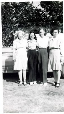 Flora, Lucille, Ethel, and Bertie.JPG