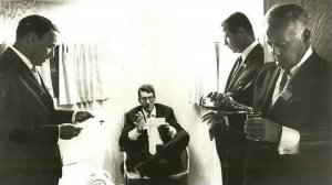 Frank Sinatra, Dean Martin, publicist Jim Mahoney and James Bacon.jpg