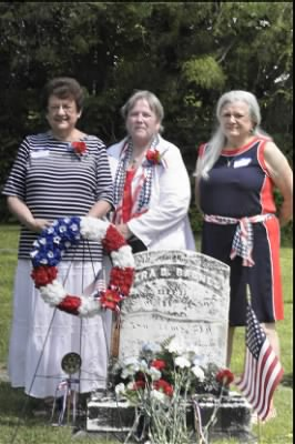 Ezra Davis Barnes Ione Thomas, Susan Savard, Shirley Weller descendants 3.png