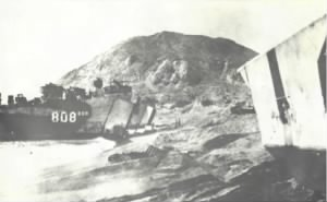 LST808_beached Bob_Steunenberg_scaled.jpg