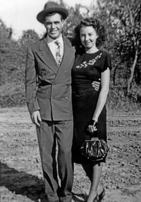 JD Tippit and Marie Tippit 1947.jpg